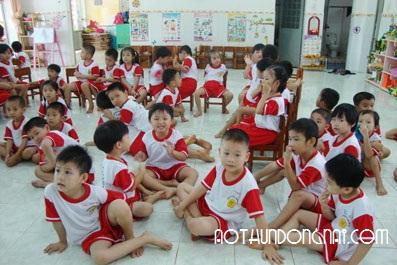 chuyen nhan may ao thun dong phuc truong mau giao o bien hoa dong nai